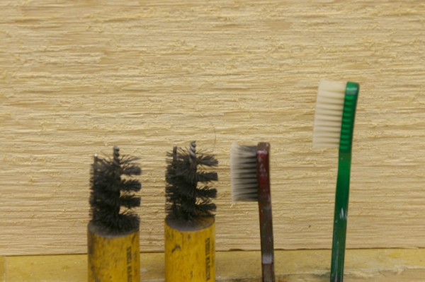 brushes (600 x 399).jpg